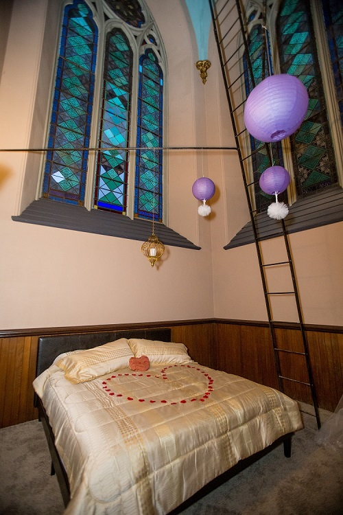 Americas ten most unique and incredible honeymoon suites for Honeymoon suites in louisville ky